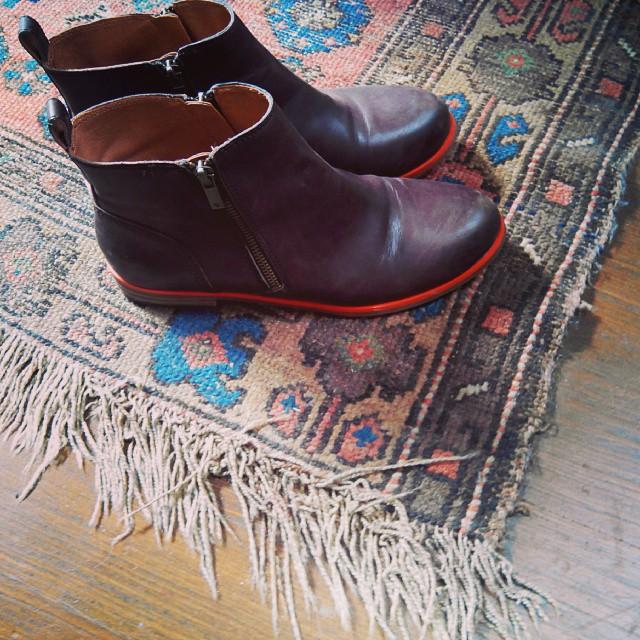 I heart boots