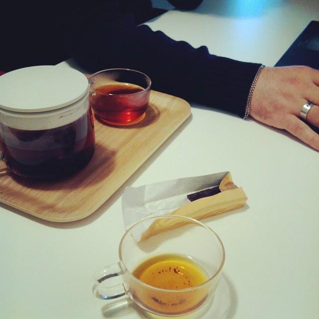 chocolate & tea time