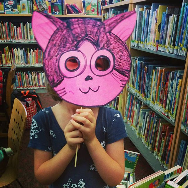 mask masking at the library with MOCA