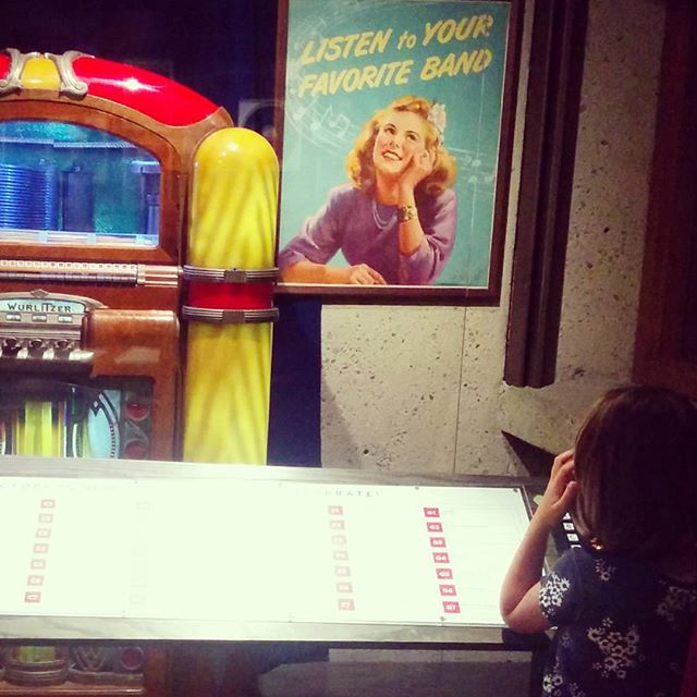 Listening to jukebox tunes of the forties @oaklandmuseumca