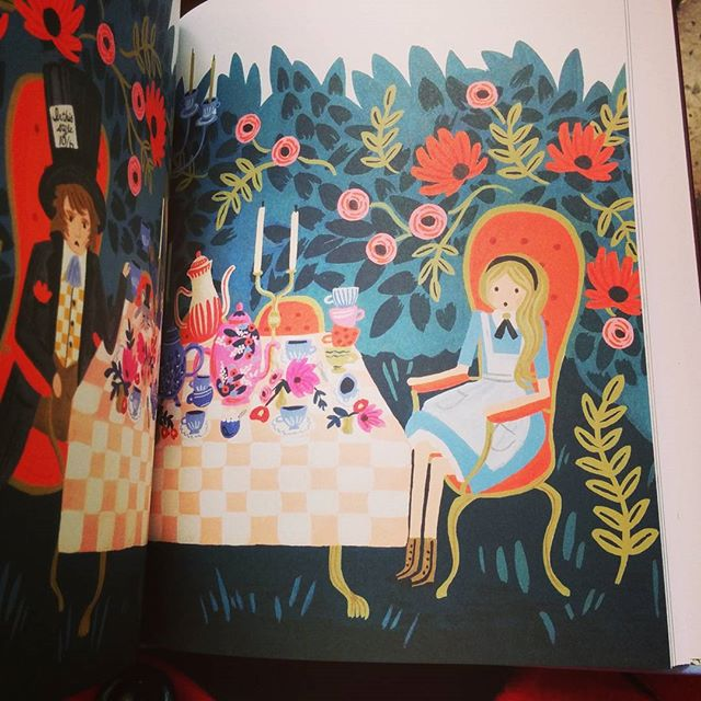 Alice's Adventures in Wonderland by @annariflebond is so lovely.