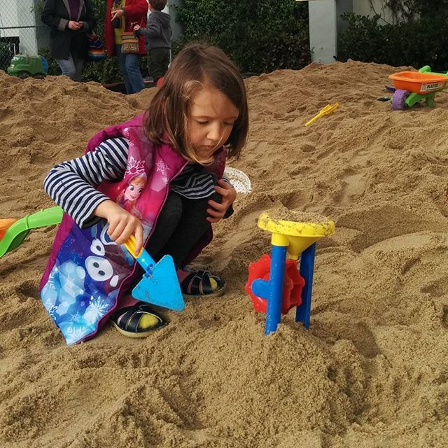 Pop-up sand play event @habitotmuseum for the week. I love the idea of clean sand.