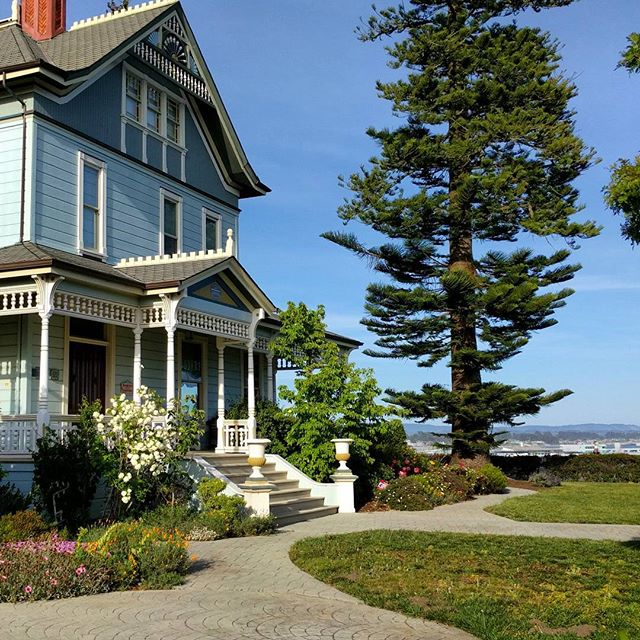 We are staying on West Cliff, in the carriage house of this place!
