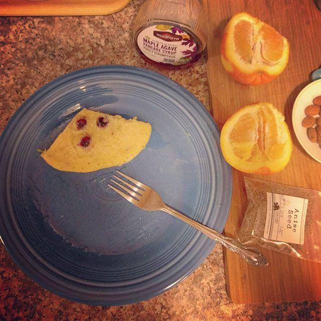 I made the best pancakes with anise, almond and orange!